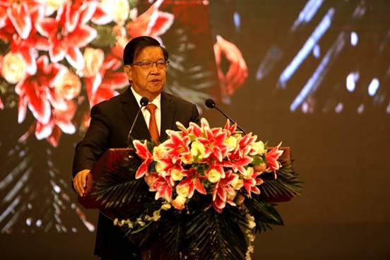 中国原外经贸部副部长 龙永图